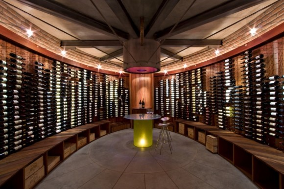 Five inspiring modern wine cellar designs for your home for Home wine cellar designs