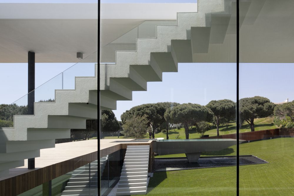 Exterior sliding glass doors - Spectacular Modern Home And An Example Of Modern Architecture