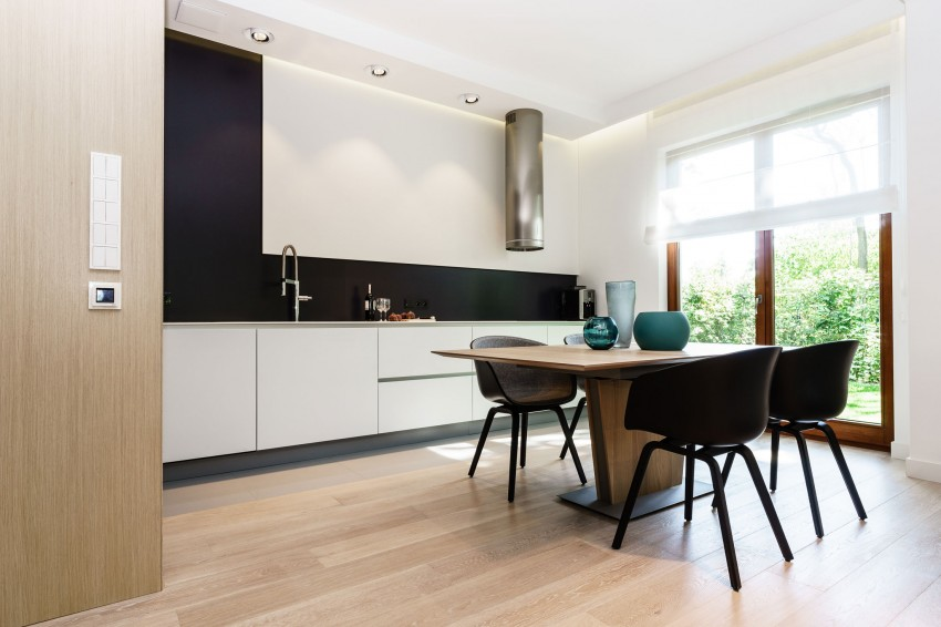 Minimalist-Apartment-in-Gdynia-05-850x566